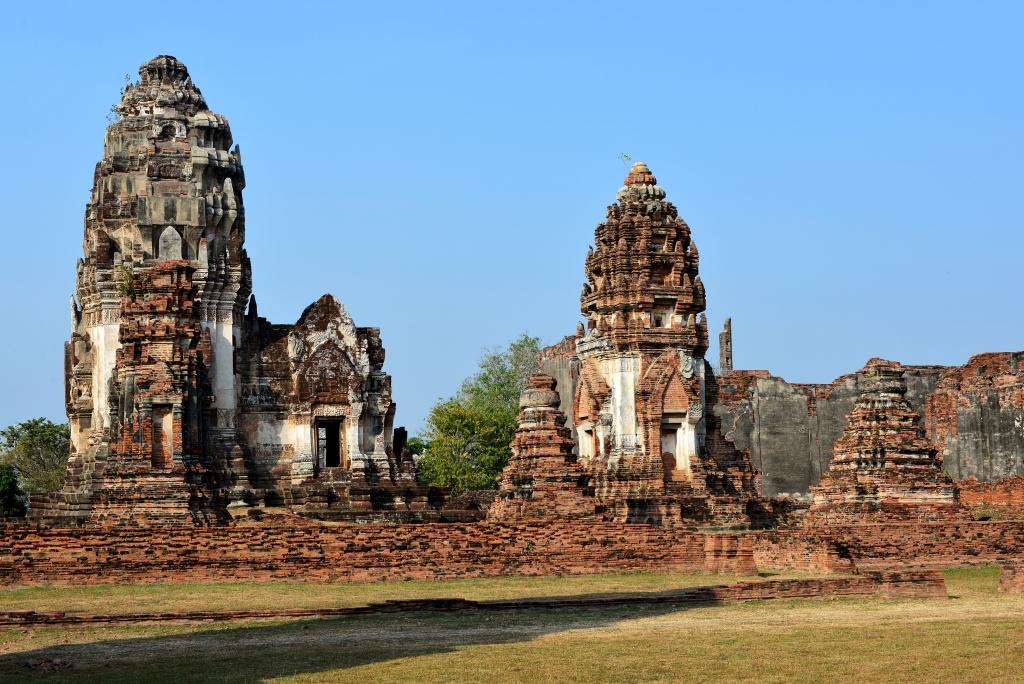 Lopburi Wat Phrasrirattana Mahathat